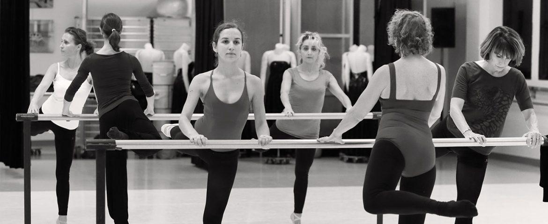 Cours danse adultes biarritz cours de danse classique et for Danse classique adulte