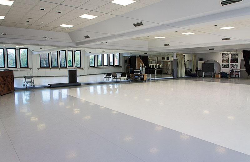 gare-du-midi-grand-studio2